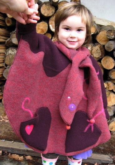 cape poncho laine polaire 100% laine T;2/3 ans
