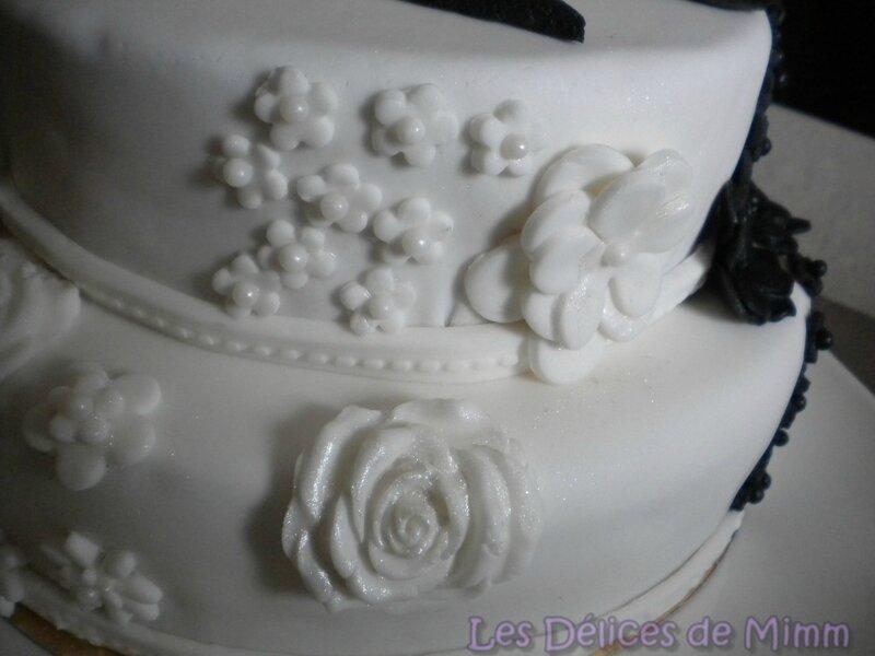 Gâteau Notes de Musique en noir et blanc 10