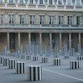 Palais Royal - Les colonnes de Buren