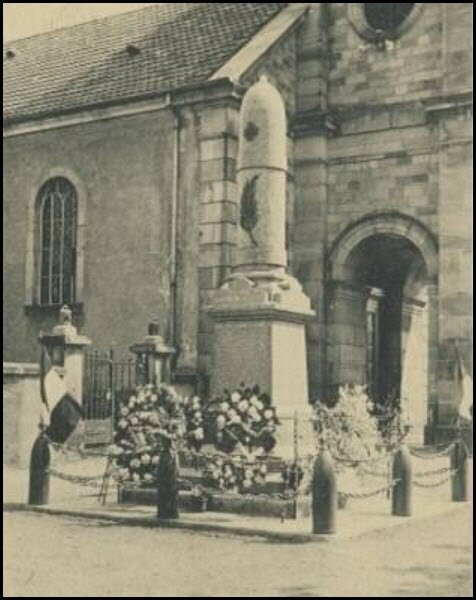 Evette - MaMMonument aux Morts - Evette (90)