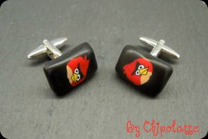 Bouton de manchettes Angry Bird solide