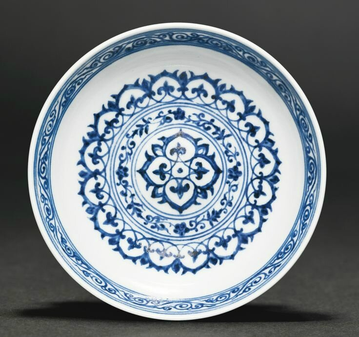 A blue and white 'Mantouxin' bowl, Ming dynasty, Xuande period