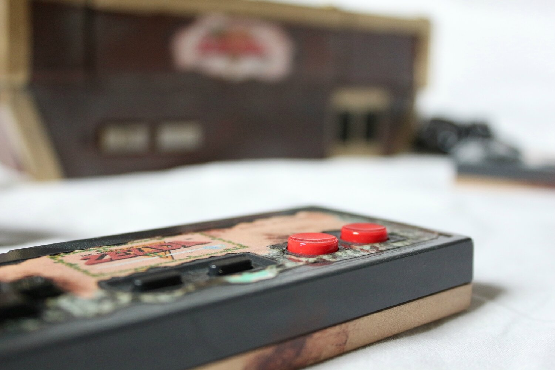 Controller NES The Legend of Zelda modifiée en coffre