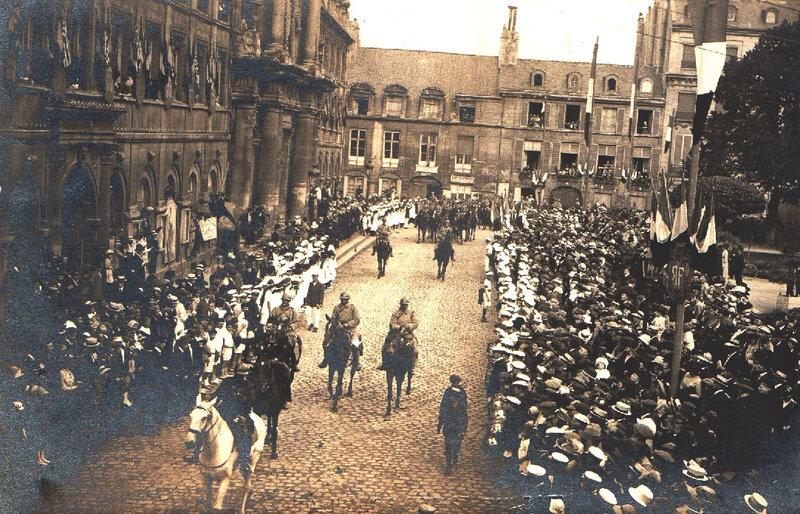 11 4 Caen, Défilé du Retour des Poilus le 13 septembre 1919