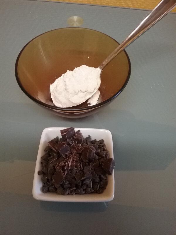 Cake aux lentilles corail, épices et pépites de chocolat 066