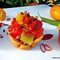 spicy pretagarnir au fromage, poivrons, baies de goji, vinaigre de citron calamansi et épices.