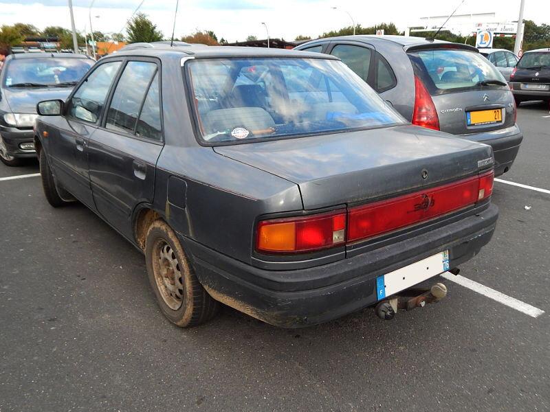 Mazda323BGar1