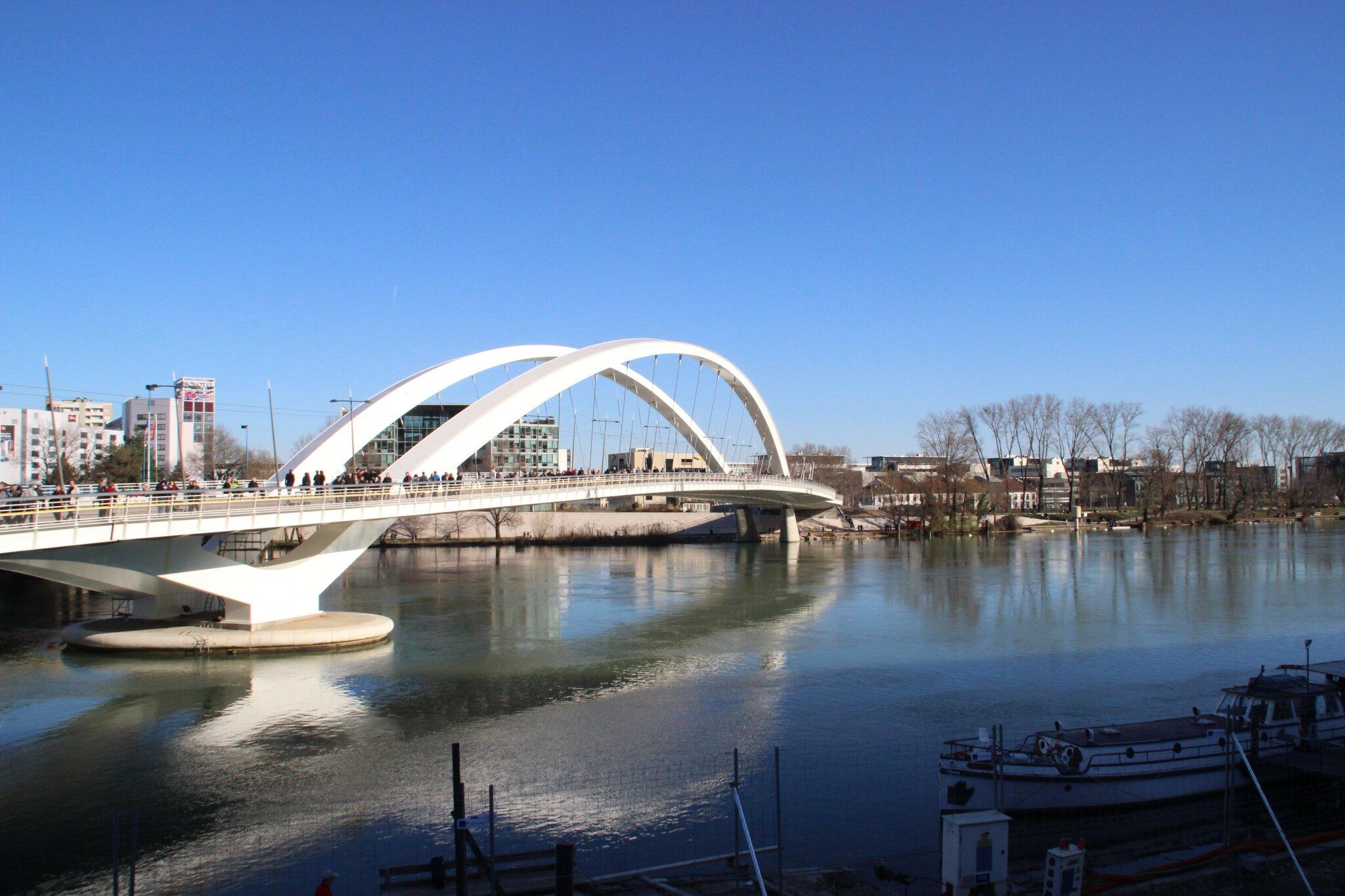 Confluence Pont Raymond Bard