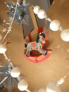 14 - cheval paper toy
