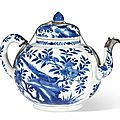 Théière couverte en porcelaine bleu blanc, chine, dynastie qing, époque kangxi (1662-1722)
