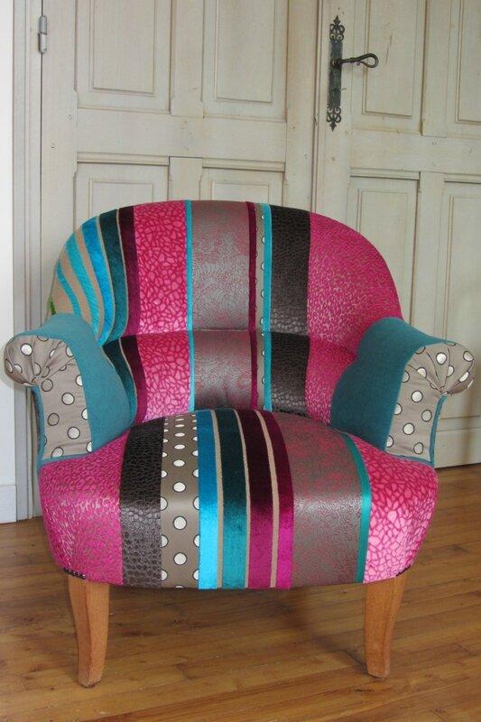 fauteuil crapaud réalisé en patchwork tapissier en Bretagne