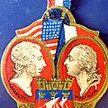 Insignes, médailles, à vendre