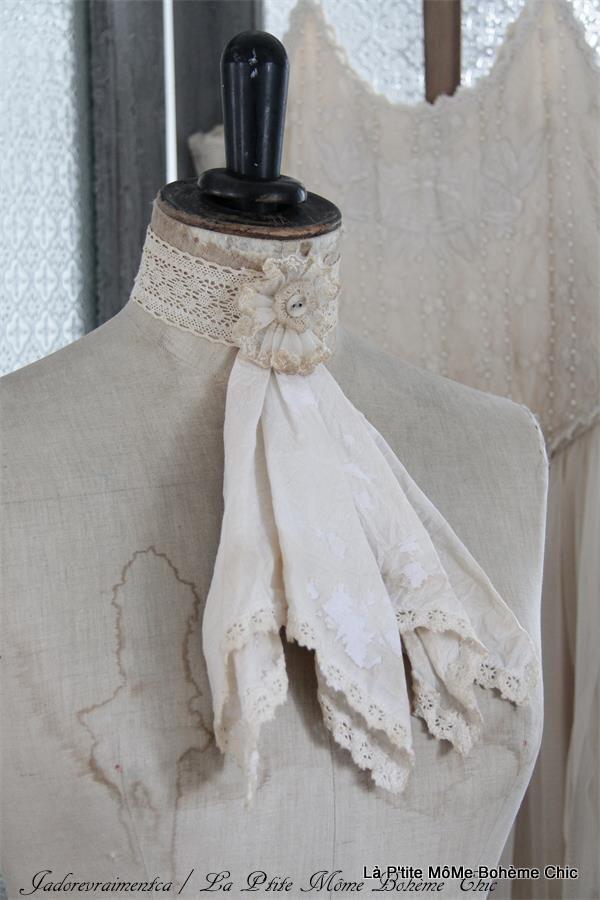302251.Jeane D'Arc vintage necklace sjale.JPG