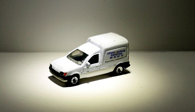 Ford courrier (Matchbox) 01