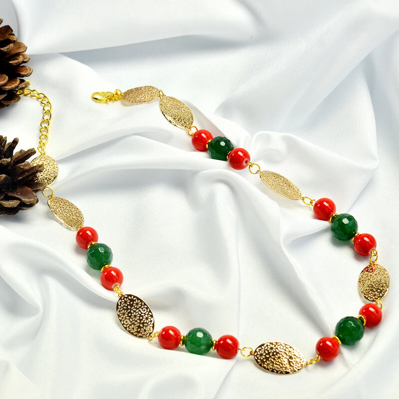 PandaHall-tutorials-on-Christmas-Necklace-with-Cute-Beads-5