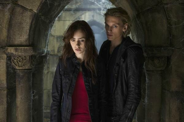 Clary and Jace 02 City of Bones