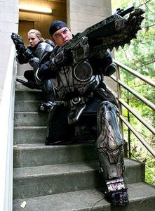 gears-of-war-cosplay