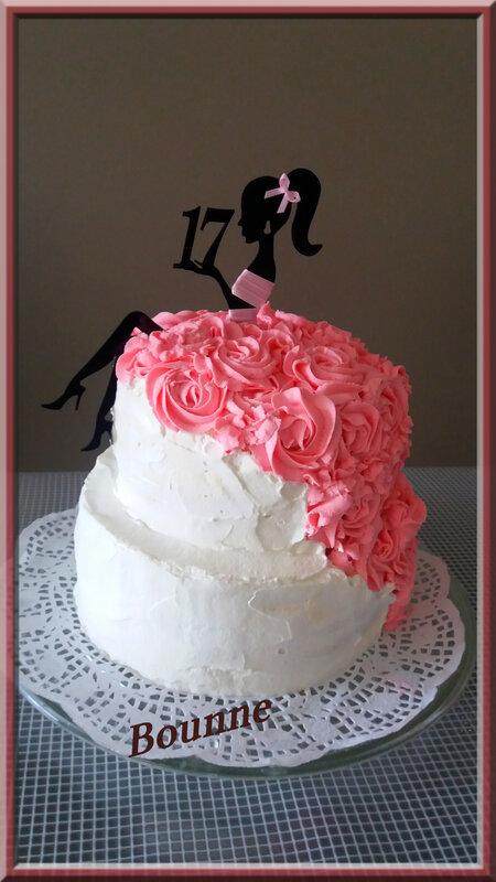 gâteau femme robe