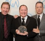 toy_3_toy_receiving_david_selznick_award_2010producters_guild_award