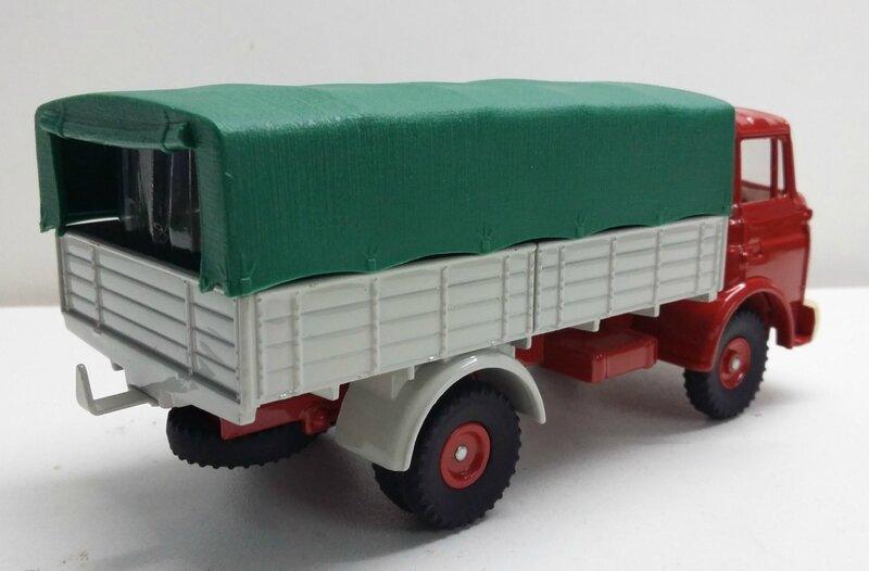 #584-Berliet GAK bâché rouge (4)