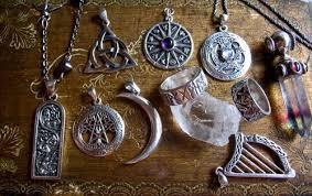 Talismans magiques vaudou magnétisés du marabout Dabarou