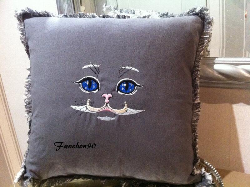 chat bleu1 ,