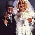 @ gay ! gay ! marions-les ! je crois qu'ils se ressemblent !