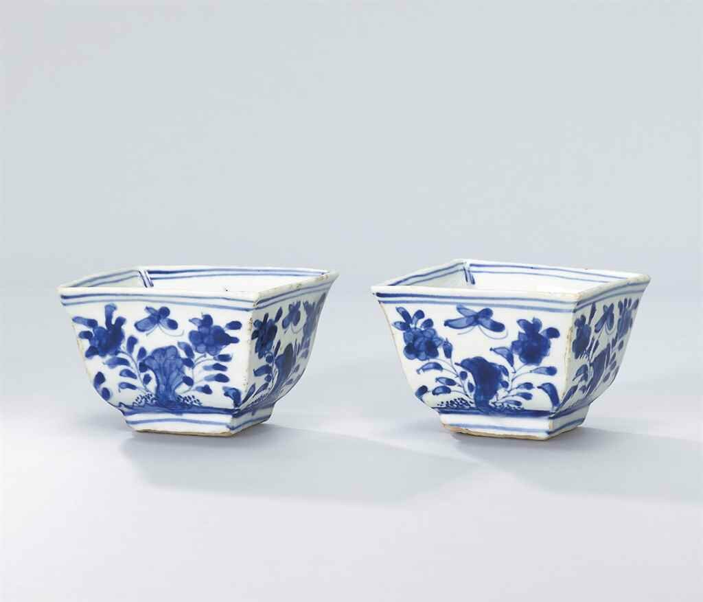 A pair of blue and white square-form cups, Jiajing six-character marks in underglaze blue and of the period (1522-1566)
