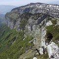Le sommet de Tête Noire et au fond, les Grands Près