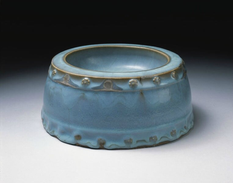 Altar bowl, stoneware with blue glaze, Jun ware, China, Northern Song dynasty (960-1127)