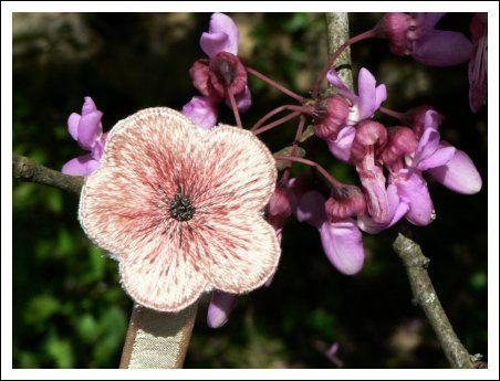 Fleur en Stumpwork