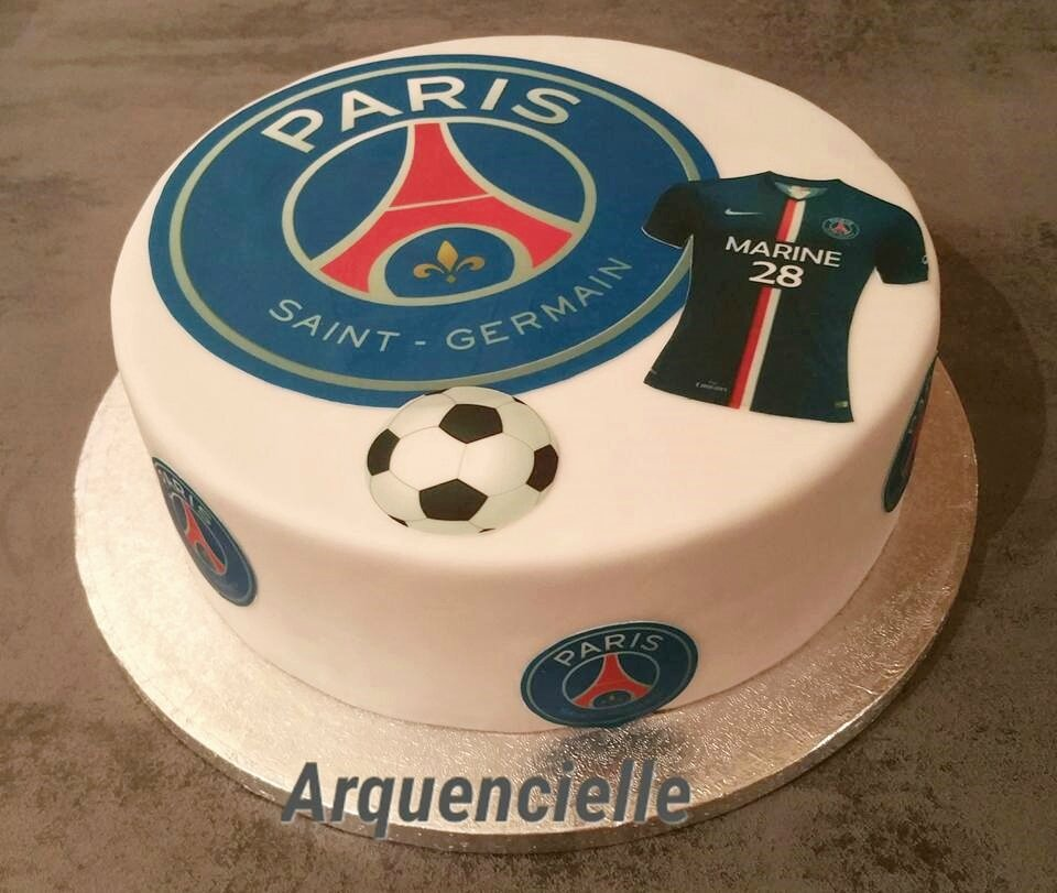 Gateau Psg Cake Design Photo De Cuisine Creative Version Sucre Gateaux Theme Sport Les Creations D Arquencielle