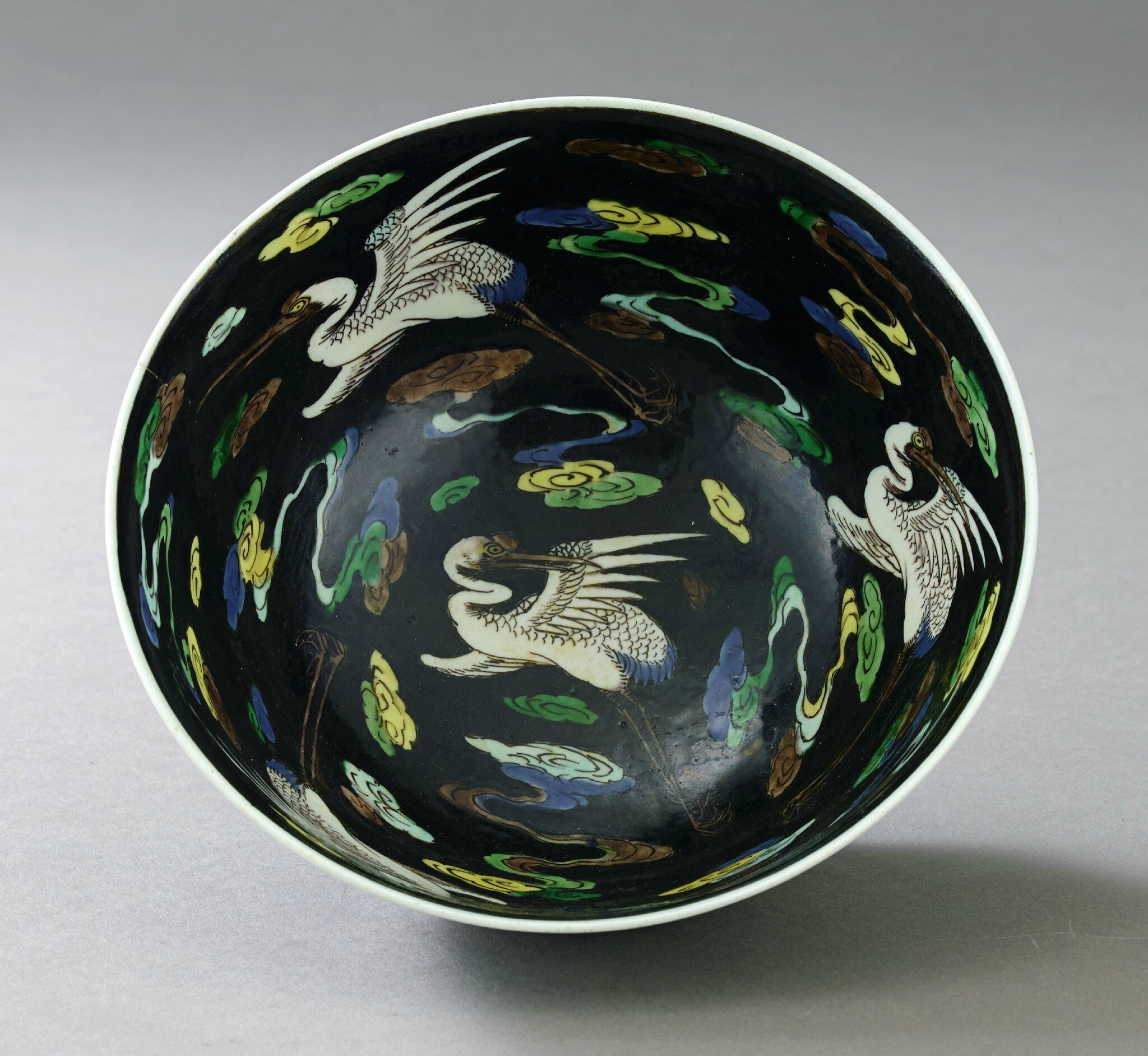 A Famille Noire Bowl, Kangxi mark and of the period (1662-1722). Photo Stockholms Auktionsverk,