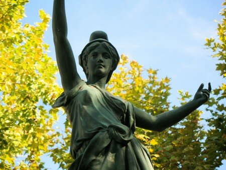 statue_la_Valette_22_oct_2007__3_