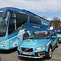 26 une équipe = 1 bus - 2 voitures