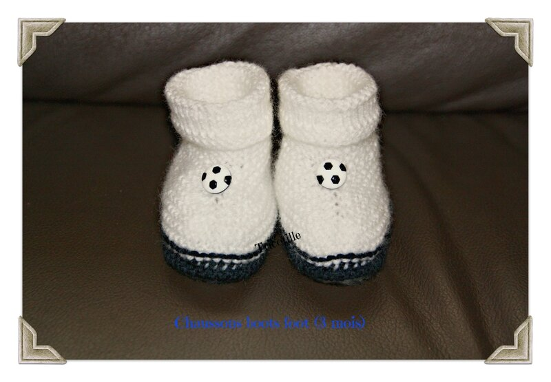 Chaussons boots foot (face) (3 mois)