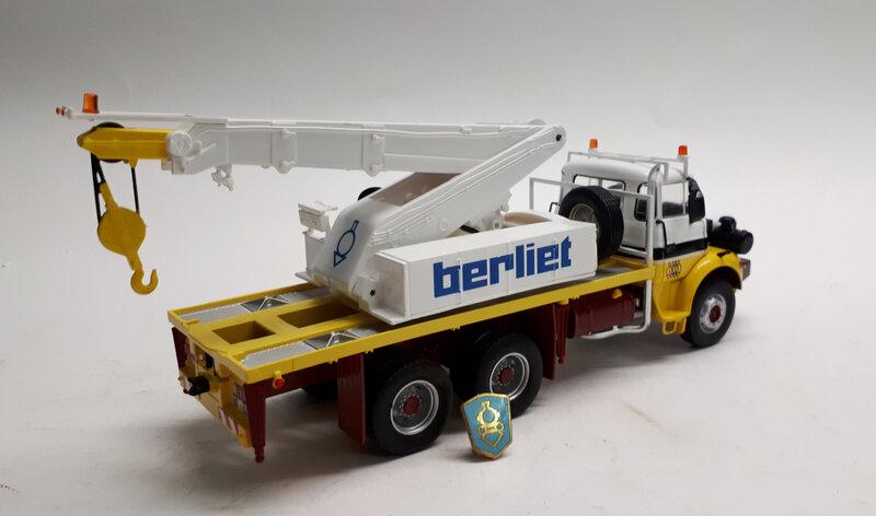 #23-Berliet GBH 280 dépanneuse