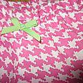 Culotte BIANCA en coton pied de poule rose - noeud vert (3)