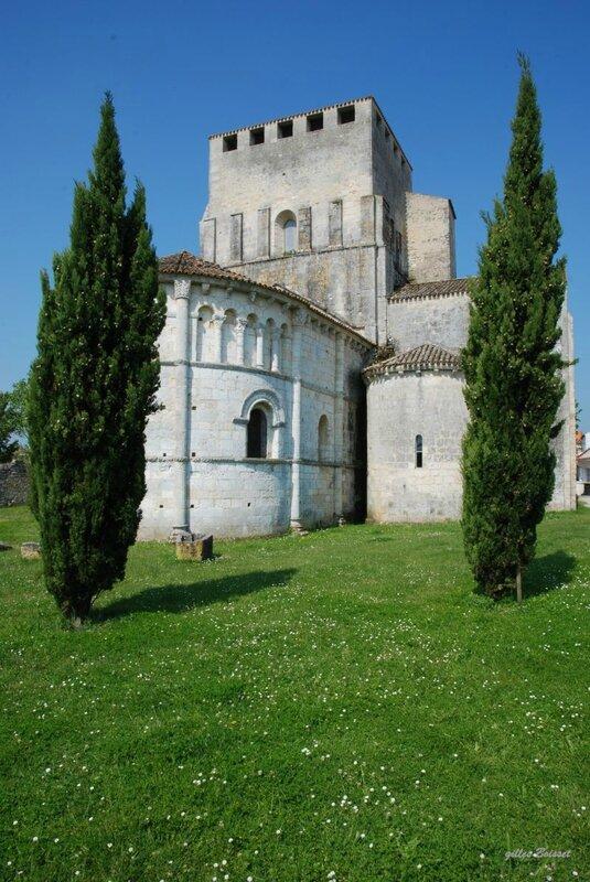 mornac-sur-seudre-abside