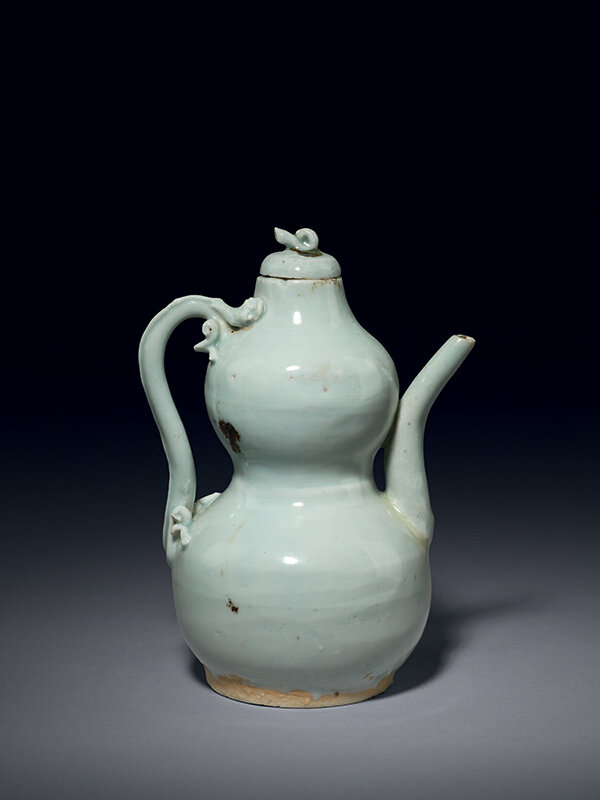 Qingbai_double_gourd_shaped_ewer__China__Yuan_dynasty__14th_century