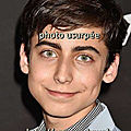 Aidan_Gallagher- acteur , usurpé