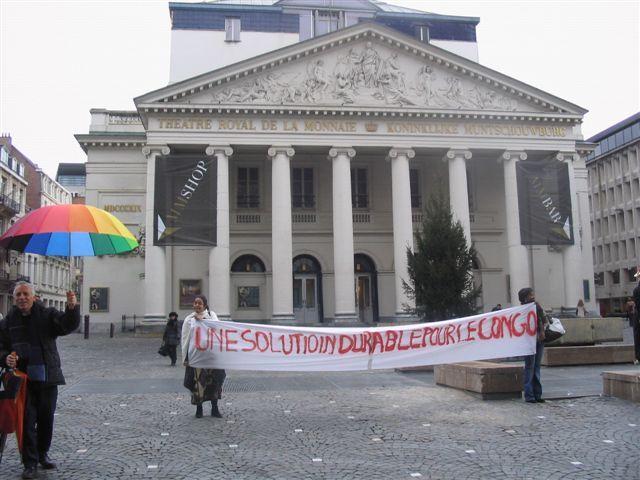 Manifestation Amnesty 25 novembre 2008 012