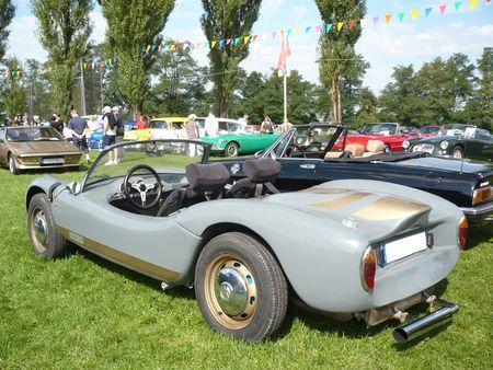 COLANI_GT_sur_chassis_de_coccinelle_VW_1961_Cr_hange__2_