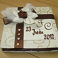 Ecrin porte alliances chocolat ivoire doré personnalisé