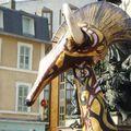 Carnaval de Limoges 2010 : hybride de girafe et d'antilope ?!