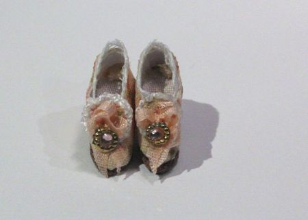 shoes late 009