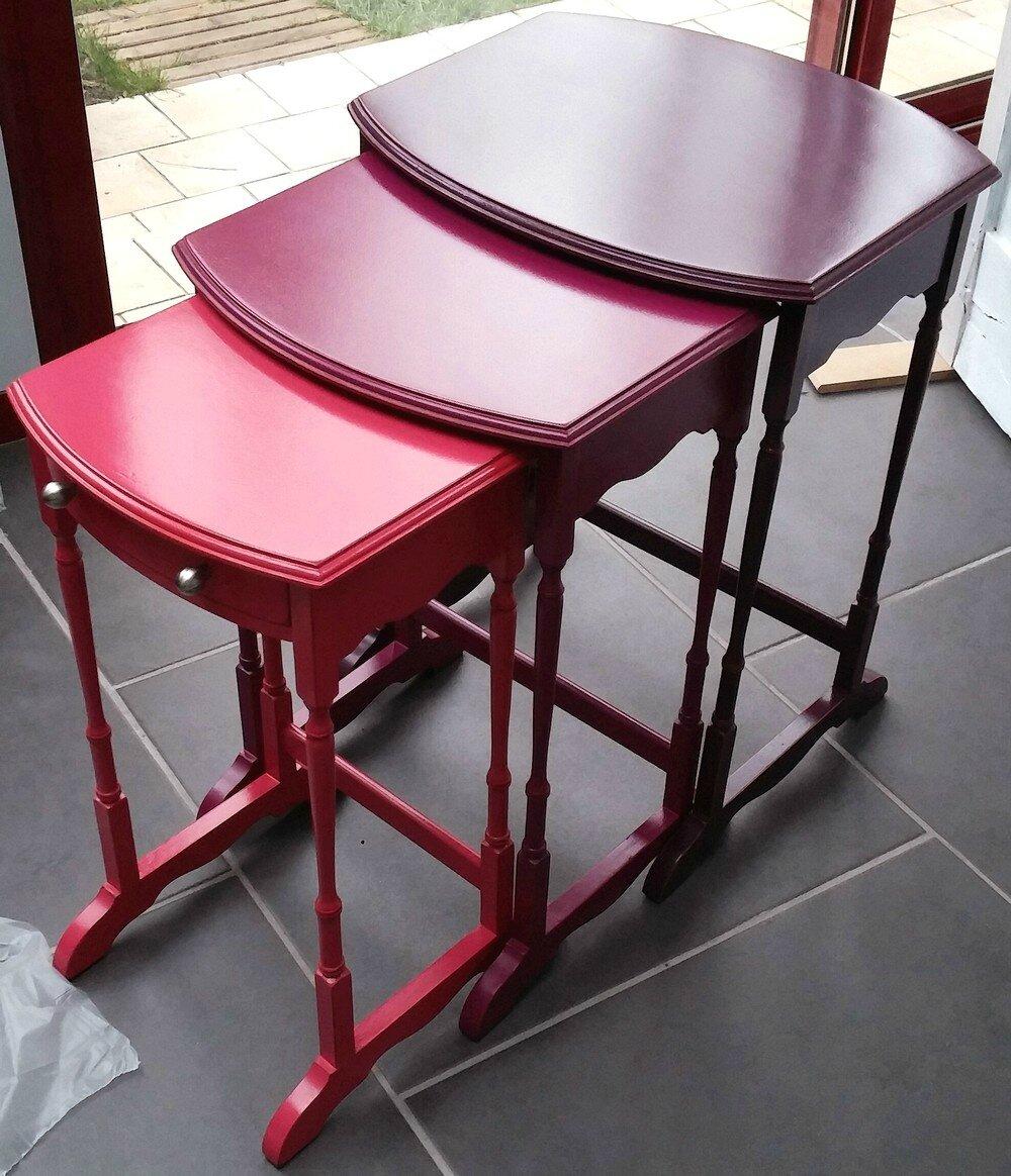 Les 3 petites tables gigognes