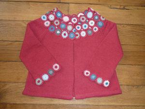 gilet_cleo_fleurs_crochet_2