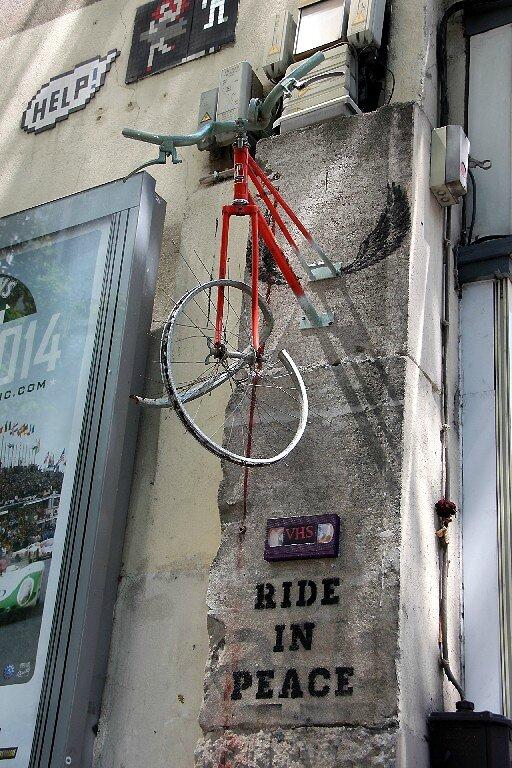 vélo suspendu (RIP)_3240