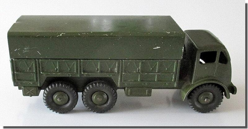 Dinky Toys 622 10-Ton Army Wagon 4